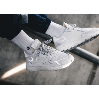 adidas nite jogger blanche
