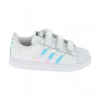 chaussure de fille adidas