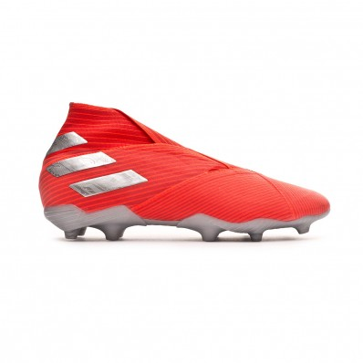 chaussure de football adidas enfant