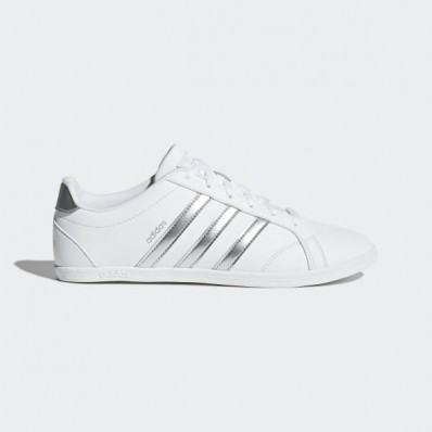 chaussure femme adidas coneo qt